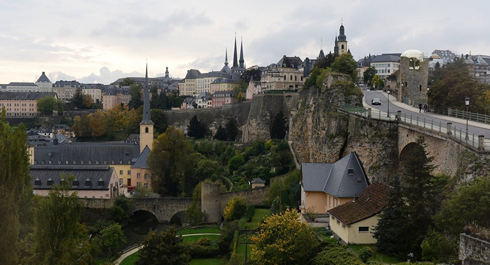 Cities of the world. Luxembourg