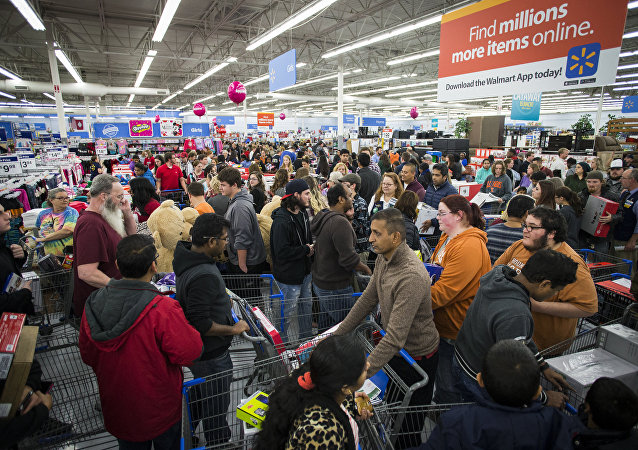 Black Friday Violence: Deadly Shootings, Fights Across the US (VIDEO)