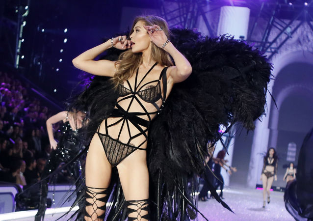 Model Gigi Hadid displays a creation during the Victoria's Secret Fashion Show inside the Grand Palais, in Paris, Wednesday, Nov. 30, 2016.