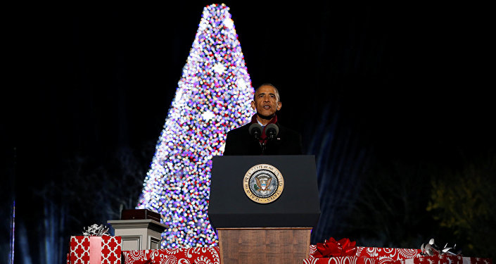 U.S. President Barack Obama delivers remarks at his final National Christmas Tree lighting as sitting president in Washington, U.S. December 1, 2016