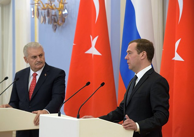 Russian Prime Minister Dmitry Medvedev and his Turkish counterpart Binali Yildirim during a joint press conference on December 6, 2016