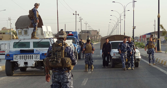 Iraqi security forces man a checkpoint in the northern city of Kirkuk (File)