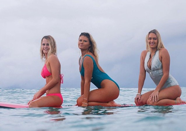 The pro-surfing Coffey sisters