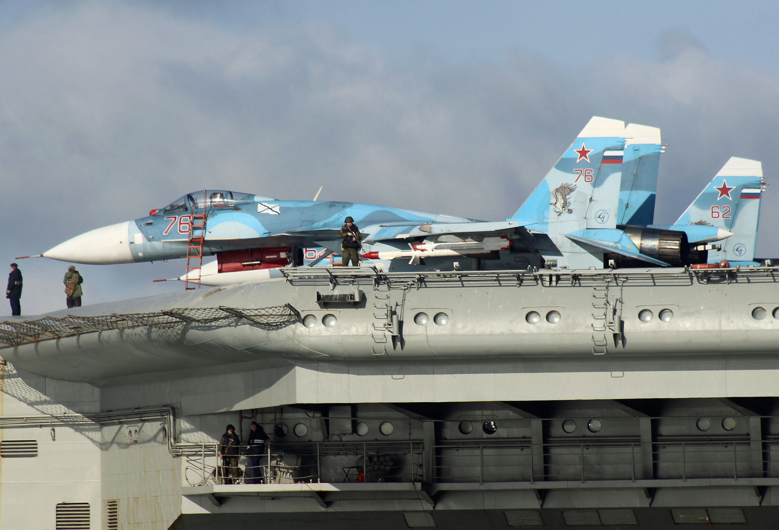 Sukhoi Su-33 Flanker-D fighters aboard the aircraft carrier Admiral Kuznetsov