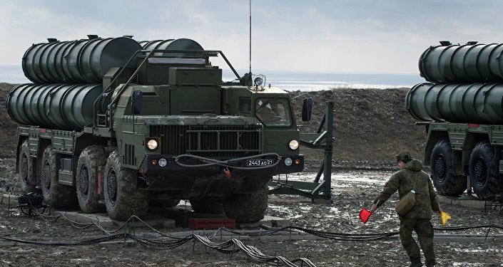 The S-400 regiment enters on duty in Crimea. File photo