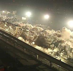 19 buildings demolished at same time