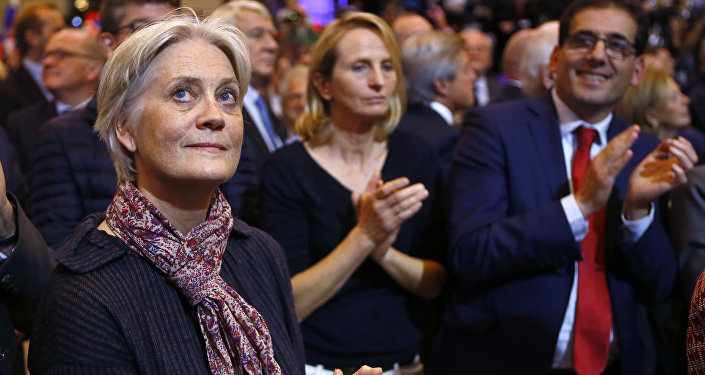 Penelope Fillon, wife of Francois Fillon, a candidate in the French presidential election, applauds during a campaign rally in Paris, France. (File)
