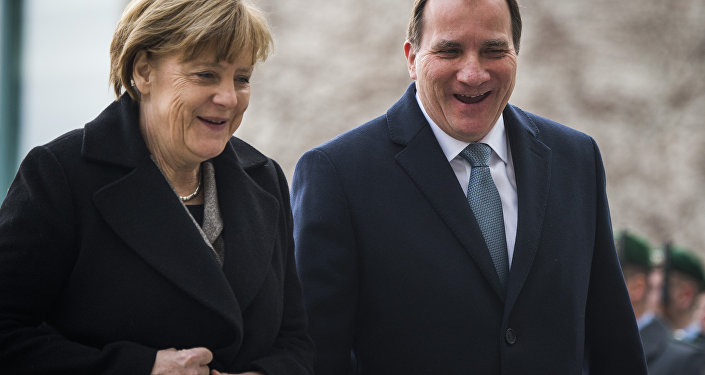 German Chancellor Angela Merkel (L) and Swedish prime minister Stefan Loefven. (File)