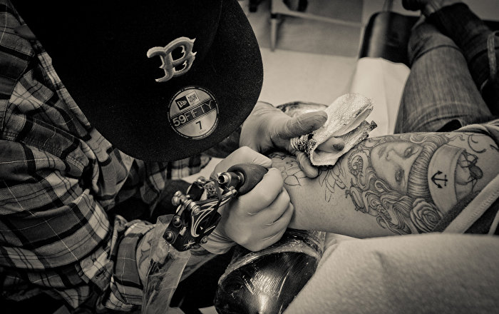 Us air force relaxes tattoo policy sputnik international for Army tattoo regulations 2017