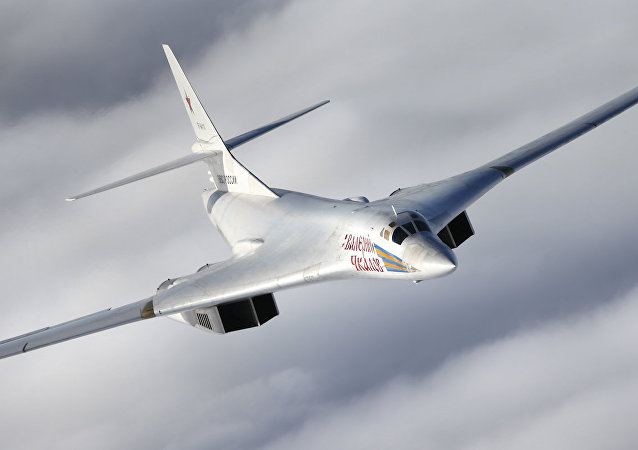 Tu-160 missile carrier