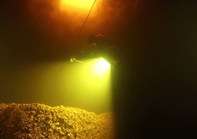 Submerged Mansion Found By Russian Scuba-Divers