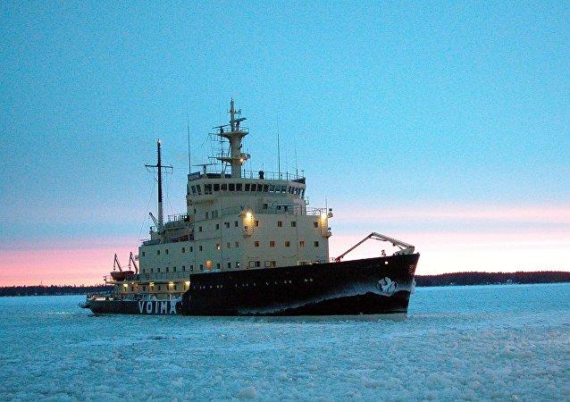 Finnish icebreaker Voima