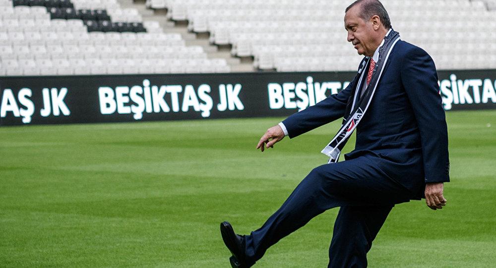 Viral Dutch Comic Strikes Again With Anti-Erdogan Football Commentary ...