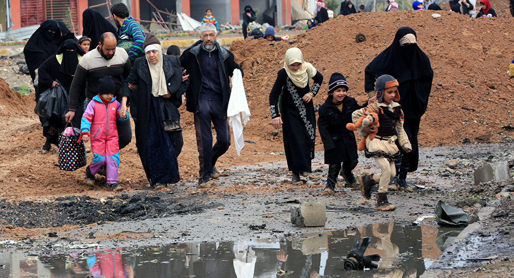 Islamic State 'baiting' coalition forces to bomb Mosul civilians