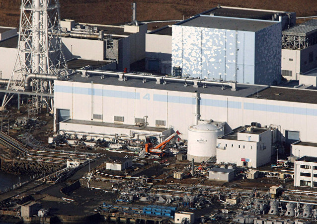 An aerial view shows the quake-damaged Fukushima nuclear power plant in the Japanese town of Futaba, Fukushima prefecture on March 12, 2011. (File)