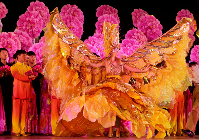 Peony cultural festival opens in Central China