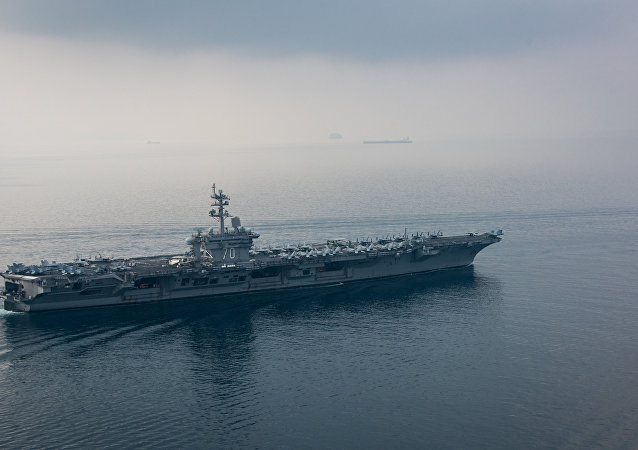 The aircraft carrier USS Carl Vinson (CVN 70)