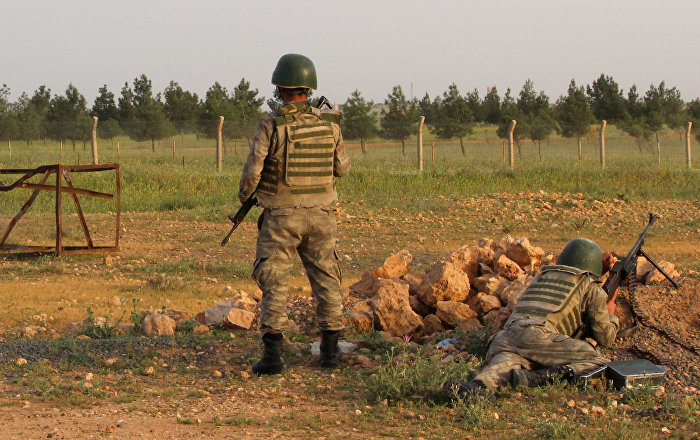 Explosion in Northeastern Turkey Injuries Two Soldiers - Reports