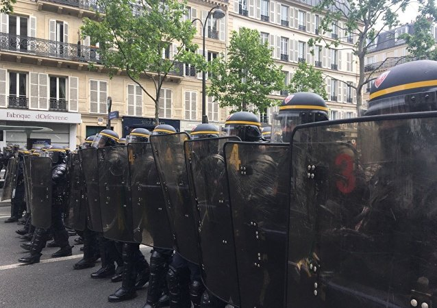 Demonstration called by the collectif Front Social and labour unions on May 8, 2017 a day after the French presidential election.