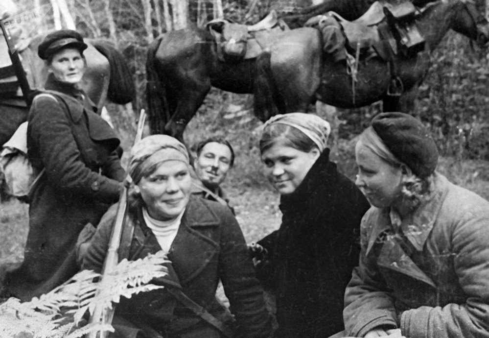 Female Face of WWII: Soviet Pilots, Snipers and Partisans