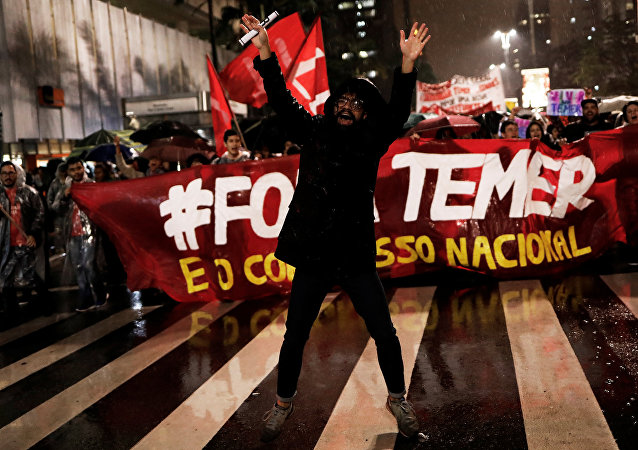 Demonstrators take part in a protest against Brazil's President Michel Temer in Sao Paulo, Brazil, May 18, 2017