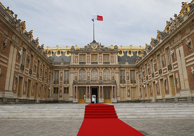 The red carpet is set up prior to the welcoming ceremony between French President Emmanuel Macron and his Russian counterpart at the Palace of Versailles, near Paris, France, Monday, May 29, 2017