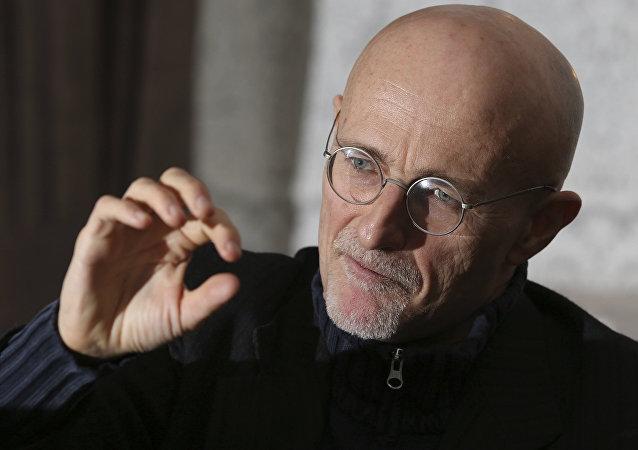 Professor Sergio Canavero