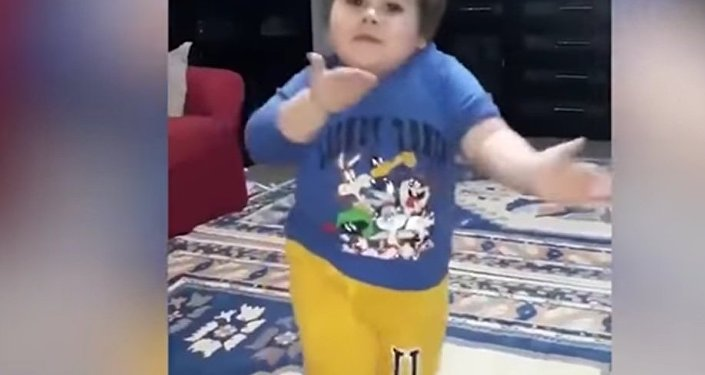 Turkish Boy does Adorable Dance Routine to Celebrate Eid