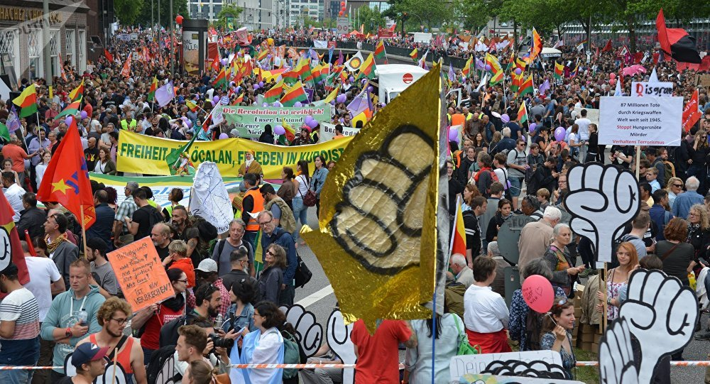 A peaceful rally of opponents of the ongoing G20 summit in Hamburg gathered about 12,000 participants in the German city on Saturday