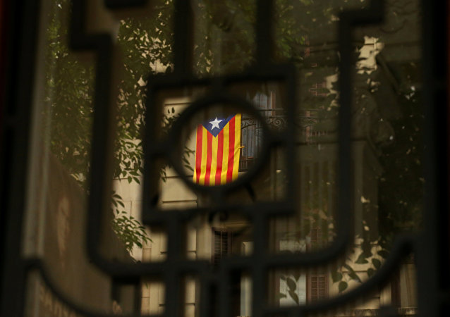 An Estelada (Catalan separatist flag) hangs on a balcony in Barcelona, Spain, September 7, 2017