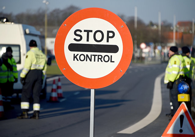 Danish police have set up a border control point at the border town of Krusa bei Flensburg. (File)