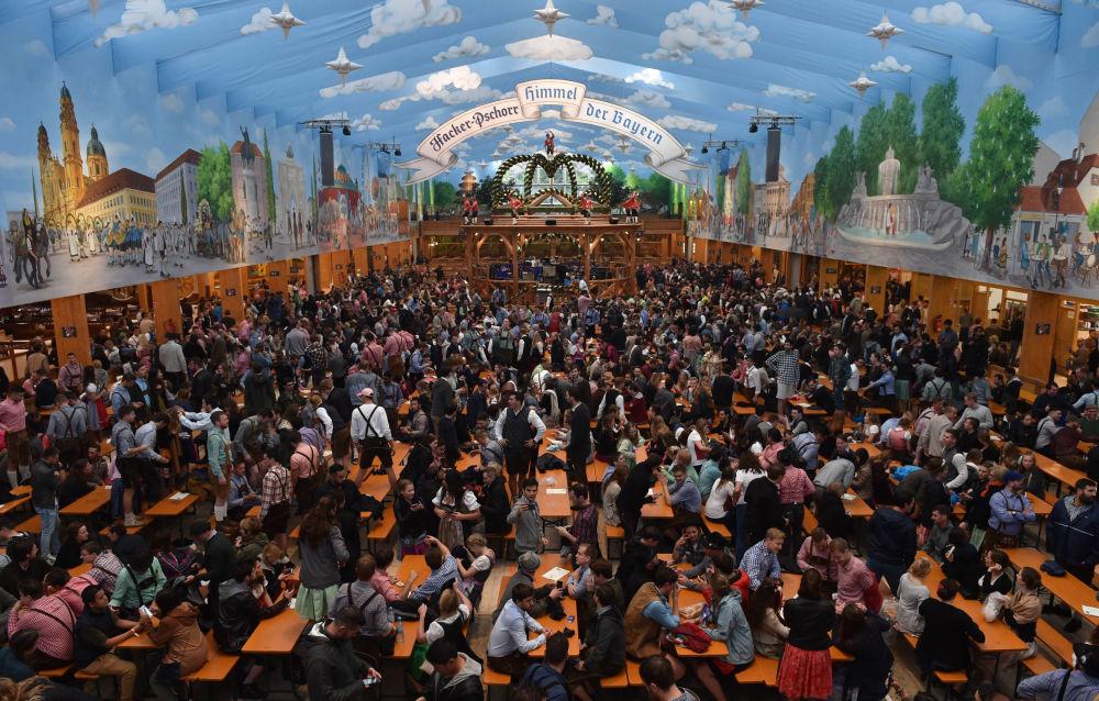 Let It Beer! Oktoberfest Fun Begins in Germany