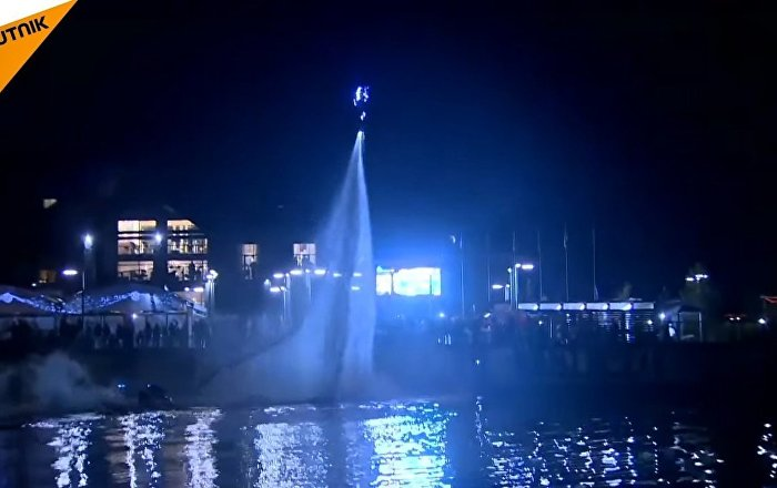 Flyboarders Staged An Incendiary Show On The Volga