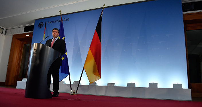 German Vice Chancellor and Foreign Minister Sigmar Gabriel gives a press conference on October 9, 2017 at the Foreign Ministry in Berlin to comment on Germany's position concerning the uphold of the landmark Iran nuclear deal.