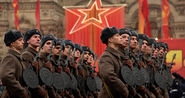 Wearing World War II-era uniform of the Red Army troops, Russian soldiers take part in the military parade on the Red Square in Moscow. (File)