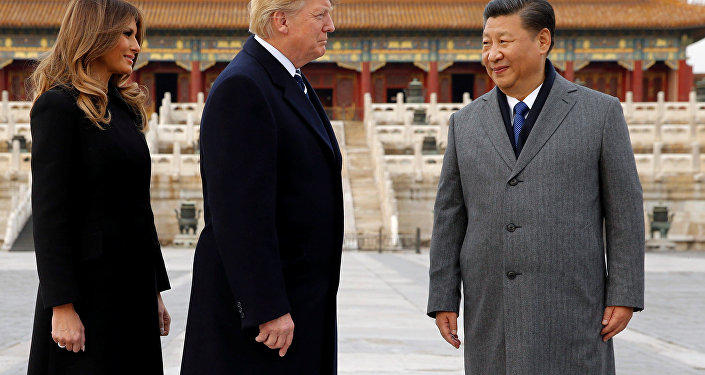 US President Donald Trump and U.S. first lady Melania visit the Forbidden City with China's President Xi Jinping in Beijing, China, November 8, 2017.