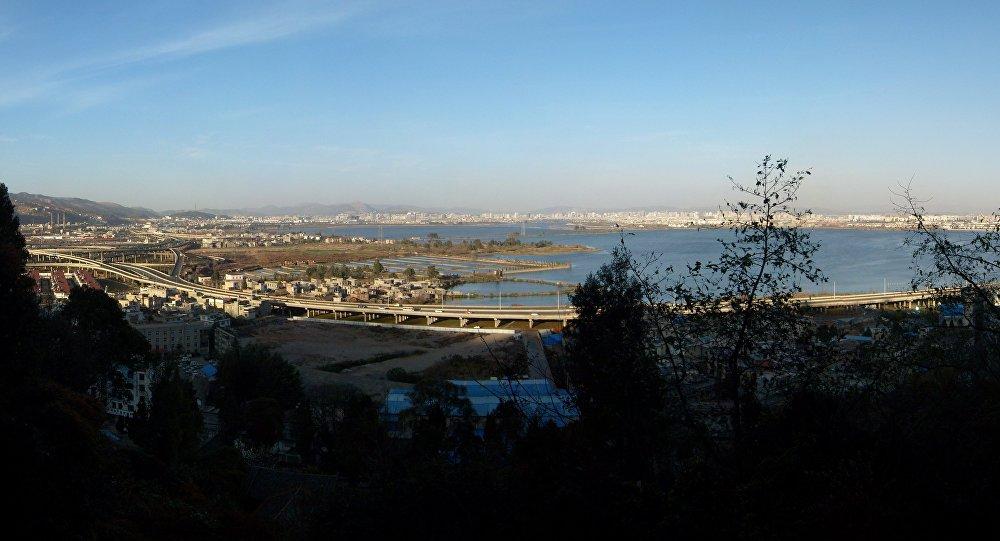 Kunming Dian Lake