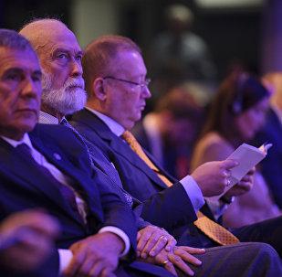 Prince Michael of Kent (center) with President Minnikhanov of Tatarstan (left) and Russian Ambassador Alexander Yakovenko (right) at the Russian-British Business Forum