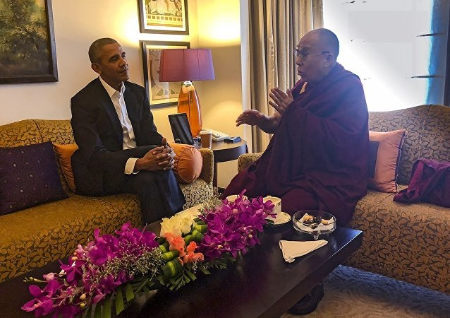 His Holiness the Dalai Lama meeting with former US President Barack Obama in New Delhi, India on December 1, 2017.