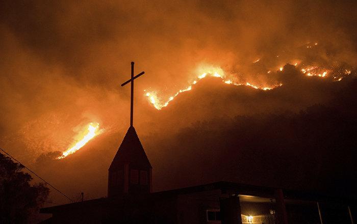 Devil's Bargain: Trump's Hypocritical Reliance on US Evangelical Christians