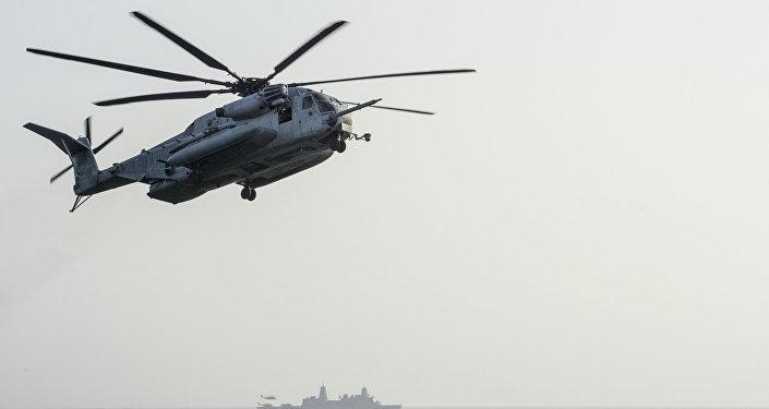 A CH-53E Super Stallion helicopter
