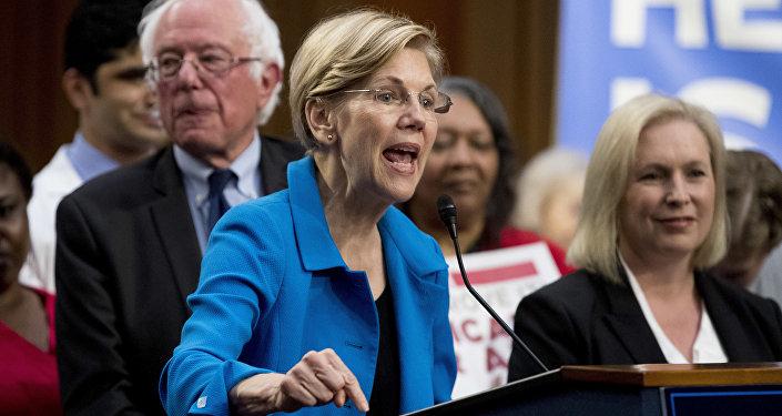 Sen. Elizabeth Warren and Sen. Kirsten Gillibrand