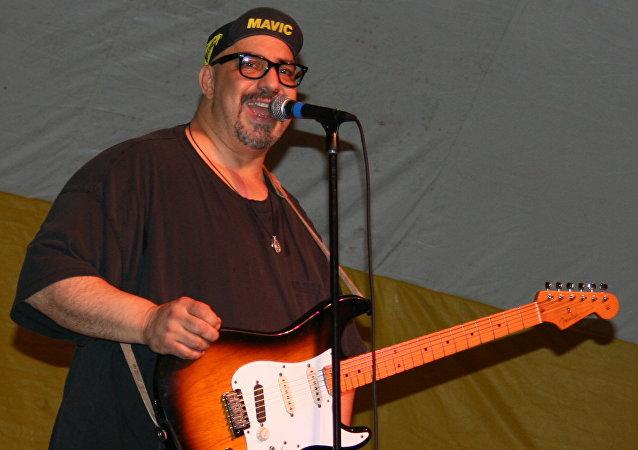 Pat DiNizio