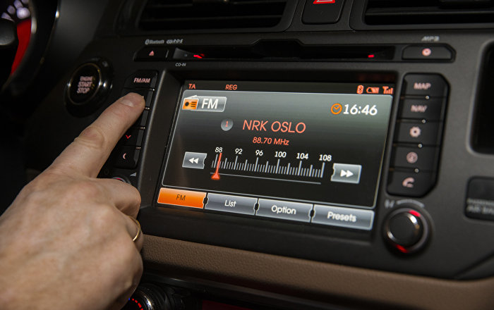 digital-divide-norway-becomes-worlds-first-country-to-switch-off-fm-radio