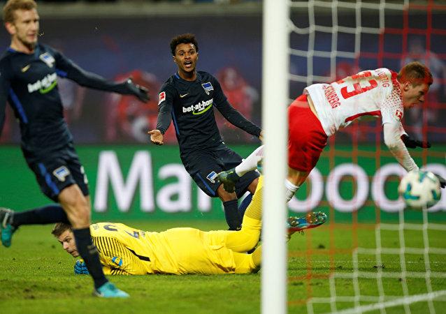 Soccer Football - Bundesliga - RB Leipzig vs Hertha Berlin - Red Bull Arena, Leipzig, Germany - December 17, 2017 RB Leipzig's Marcel Halstenberg scores their second goal