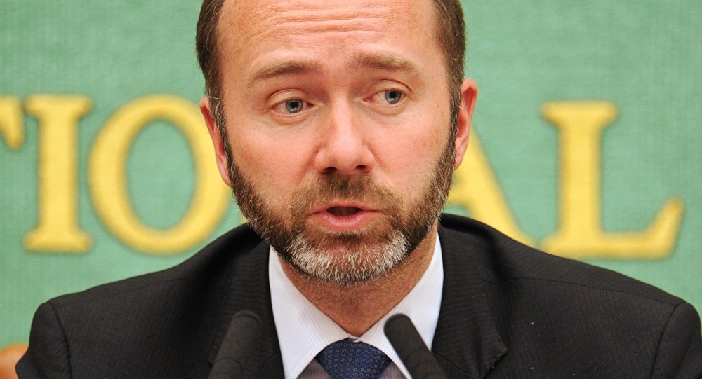 Norwegian Trade and Industry Minister Trond Giske speaks during a press conference at the Japan National Press Club in Tokyo on May 11, 2012
