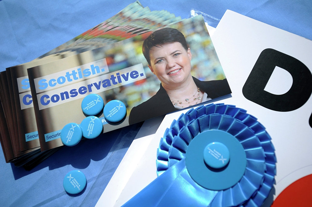 Scots Tories urged: vote for your constituencies on Brexit Bill