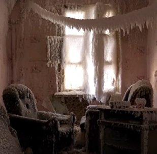 Abandoned Fairy House in Yekaterinburg