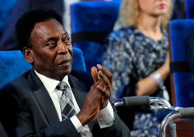 FILE PHOTO: Soccer Football - 2018 FIFA World Cup Draw - State Kremlin Palace, Moscow, Russia - December 1, 2017 Pele during the draw