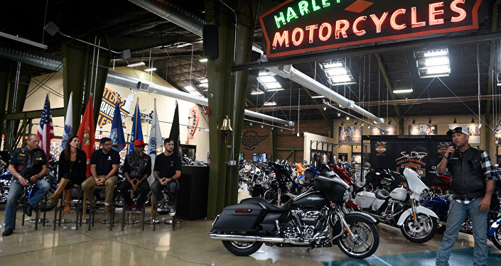 US soldier honored with a new Harley-Davidson motorcycle